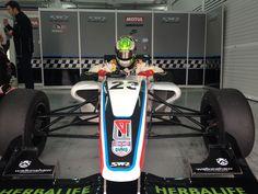 Diego Borrelli se prepara para el inicio de la F4 Británica
