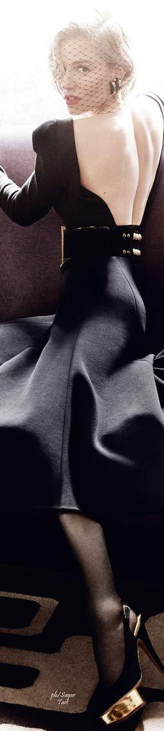Sienna Miller by Mario Testino - Vogue UK