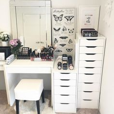 Makeup Brushes On A Plane these Makeup Vanity Bench through White Makeup Vanity Table For Sale nor Makeup Vanity Set Menards