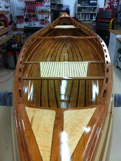 Assembly complete Canoe Boat, Canoe And Kayak, Kayak Fishing, Fishing Pole Holder, Pole Holders, Canoe Plans, Boat Shelf, Lake Water, Kayaks