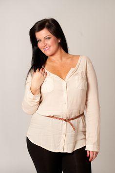 Plus-Size Model | Plus Size model Sabine Gruchet – About Sabine