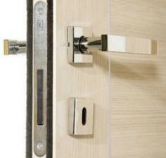 Herrajes Italianos Para Proyectos/ Italian Hardware For Projects