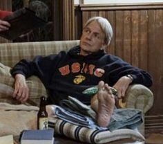 """I love this one of Gibbs' toes as he watches one of Mark's mom's old movies on the tv. And then to be interrupted by the Sherlocks and Jessica/Judith's promise to see the """"""""silver haired devil with. Gibbs Ncis, Ncis Gibbs Rules, Leroy Jethro Gibbs, Serie Ncis, Abby Sciuto, Ncis Cast, Ncis New, Mark Harmon, Watch One"""