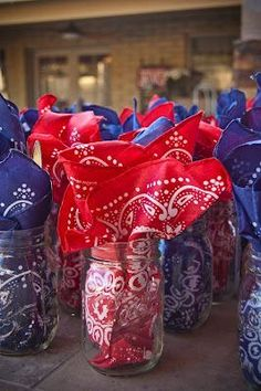 Country with a twist of Vintage - guest table decos - mason jars for drinks with napkins & utensils for guests Cowboy Theme Party, Cowboy Birthday Party, Farm Party, Pirate Party, 50th Birthday, Rodeo Birthday, Country Western Parties, Country Themed Parties, Country Western Decor