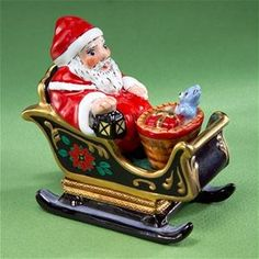 Limoges Santa on Decorated Sled Box - Limoges Boxes , Limoges Christmas Boxes Christmas Vases, Rustic Christmas, Christmas Art, Vintage Christmas, Gold Gift Boxes, Glass Boxes, Pill Boxes, Tiny Treasures, Treasure Boxes