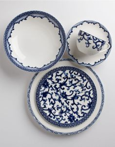 Mandarin Blue Five-Piece Place Setting (Lauren by Ralph Lauren) Blue China, White China, Coffee Heart, White Dishes, White Decor, Place Settings, Plates On Wall, Shades Of Blue, Dinnerware