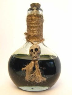 This potion bottle is an example and can be made on request. You can also feel free to tell me how YOU want a specific potion bottle. Voodoo Party, Voodoo Halloween, Fall Halloween, Halloween Party, Halloween Potion Bottles, Halloween Apothecary, Halloween Themes, Halloween Crafts, Witch Doctor Costume