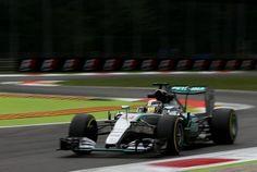 A #Monza, in Italia, si sono probabilmente decise le sorti del mondiale 2015, #Hamilton domina con una prova di forza mostruosa mentre #Rosberg viene lasciato a piedi dalla sua #Mercedes sprofondando a -53 punti nel mondiale, un abisso che, salvo sorprese sembra incolmabile. #Vettel porta la #Ferrari sul podio accanto a #Massa con la #Williams. Come al solito le mie riflessioni sul weekend di gara.