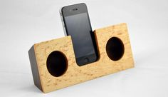Wooden iPod amplifier.. no electricity.