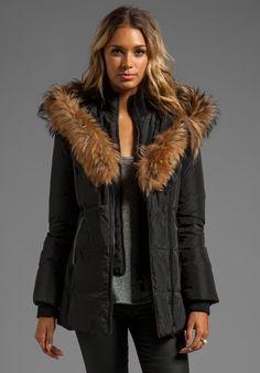 Mackage Adali Lavish Down Coat in Black Tokyo Fashion, Love Fashion, Winter Fashion, Fashion Outfits, Fashion Trends, Milan Fashion Weeks, New York Fashion, Topcoat Men, Equestrian Outfits