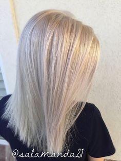 White blonde all over platinum hair done by me Manda Halladay Amanda Gohn White Blonde Hair, Blonde Hair Shades, Blonde Hair Looks, Brassy Blonde, Corte Bob, Hair Color And Cut, Platinum Blonde Hair, Hair Affair, Gorgeous Hair