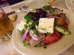 Σαλάτες διάφορες !!! ~ ΜΑΓΕΙΡΙΚΗ ΚΑΙ ΣΥΝΤΑΓΕΣ Greek Recipes, Tuna, Salads, Food And Drink, Cooking Recipes, Fish, Chicken, Meat, Dinner