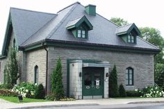 The Dorval Museum is located in an old coach house featuring the original 19th century stables, built in 1873 by Alfred Brown, chairman of the Grand Trunk Railway and director of the Bank of Montreal. Its mission is to preserve Dorval's heritage and highlight important events in Dorval's history. ++ Le Musée de Dorval est situé dans des anciennes écuries construites en 1873 par Alfred Brown, président du chemin de fer Grand Tronc et directeur de la Banque de Montréal. La mission du musée est…