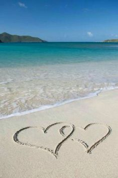 Writing a eulogy for a sister can help relieve the grief and make it easier to handle the situation. Reading a sample eulogy for a sister. Beach Heart, Heart In Nature, I Love The Beach, Beach Pictures, Belle Photo, Love Heart, Heart Pics, Heart Art, Beautiful Beaches