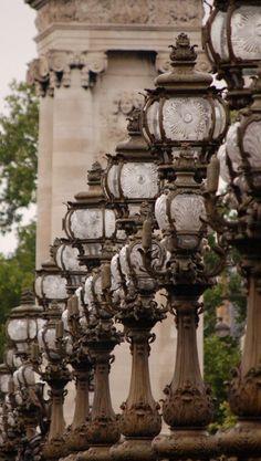 Lampadaires du Pont Alexandre III, Paris 1lifeinspired.tumblr.com/post/129738895737