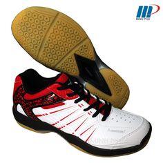 Giày cầu lông K-063 trắng đỏ cho nam giá rẻ. Cửa hàng uy tín hàng đầu chuyên giày thể thao tại Hà Nội. Thể Thao Minh Phú bán giày cầu lông chính hãng. 0948 892 678