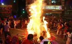 The night before Holi. The Holika bonfire in Lucknow, Uttar Pradesh Beginning Of Spring, Hindu Festivals, Demon King, The Night Before, Hinduism, Holi, Celebrities, Start Of Spring, Celebs