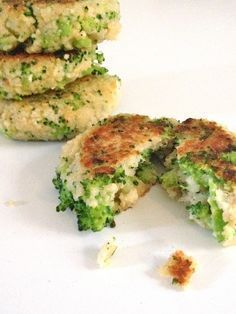 Rezept, vegetarische Broccoli-Couscous-Frikadellen, Frikadellen No desire to cook - healthy and delicious broccoli-couscous meatballs RUCK ZUCK - vegetarian Rezepte Healthy Cooking, Healthy Eating, Healthy Lunches, Baby Food Recipes, Cooking Recipes, Dinner Recipes, Vegetarian Recipes, Healthy Recipes, Vegetarian Meatballs