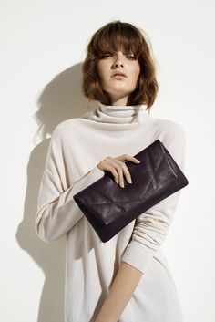 Ciara Clutch | Grape color | Markberg AW16