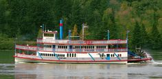 The Sternwheeler Columbia Gorge is owned by the Port of Cascade Locks, operated by the Portland Spirit, and is docked in the Cascade Locks Marine Park from May to October.