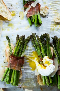 Asparagus with Egg & Speck (or prosciutto)