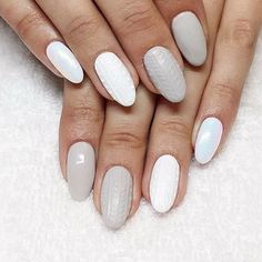 Want a superminimal, but cute mani design? Try out this hot sweater nail-art trend.