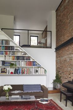 Cost-Conscious and Inventive: A Flood-Proofed Brooklyn Townhouse Rebuild by Takatina - Dorothea Lokey Stair Walls, Stairs, Italian Farmhouse, Steel Beams, House Windows, Ikea Kitchen, Farmhouse Design, White Walls, Architecture Details