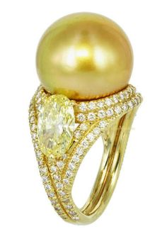 14.40mm South Sea Pearl and Canary Diamond Ring