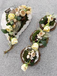 Funeral Flower Arrangements, Funeral Flowers, Floral Arrangements, Grave Decorations, Flower Decorations, Diwali Craft, Cemetery Flowers, Sympathy Flowers, Arte Floral