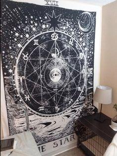 Medieval Tarot Decor for College Dorm Room Art Tarot Star Wandteppich Wandbehang. Grunge Bedroom, Goth Bedroom, Bedroom Decor, Bedroom Inspo, Tapestry Bedroom, Tapestry Wall Hanging, Dorm Room Art, Goth Home Decor, Gypsy Decor