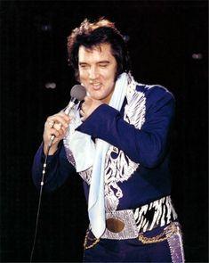 "Elvis-TheKingsCourt > ED BONJA ""Elvis Photos"""