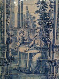 Do Tempo da Outra Senhora: Nossa Senhora no Azulejo Português - Nossa Senhora jogando às cartas com o Menino Jesus (séc. XVIII). Painel de azulejos na nave da Sé Catedral de Beja.