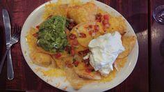 Nachos Nachos, Guacamole, Mexican, Ethnic Recipes, Food, Essen, Meals, Tortilla Chips, Yemek
