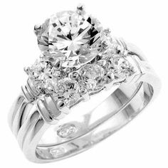 Irish Wedding Ring - Coin Mart Jewelry has the finest selection of Diamond Rings, Wedding Rings, Engagement Rings and Beautiful Rings.  www.coinmart.com