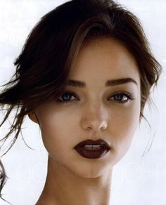 Burgundy lips and dark eyebrows. #brows #lips