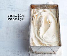 Maak dit vanilleroomijs alvast 1 of 2 weken van tevoren. Vlak voor kerst maak je er dan prachtige desserts mee!
