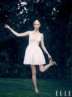 Anya Taylor Joy, Anya Joy, Elle Magazine, Movie Tv, I Love Fashion, Fashion News, Pink Dress, Queen, Editorial