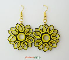 Boucles d'oreilles fleur Quilling design originales : Boucles d'oreille par handmadegifts-fr