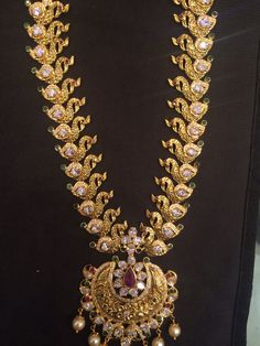 Long necklace Czs 90 GMs Gold Chain Design, Gold Jewellery Design, Indian Wedding Jewelry, Bridal Jewelry, Jewelry Patterns, Pendant Jewelry, Fashion Jewelry, Indian Wedding Jewellery, Bridal Bridal Jewellery