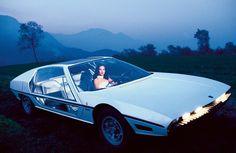"""Aus dem Bildband """"70s CONCEPT CARS – YESTERDAY'S DREAMS OF THE FUTURE"""" von Rainer W. Schlegelmilch, erschienen bei teNeues. (Quelle: © Rainer W. Schlegelmilch. All rights reserved.Photo © Rainer W. Schlegelmilch. All rights reserved.)"""
