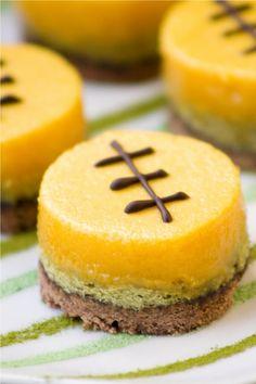 Labor Day, Holiday recipe, Pinterest Inspiration, Dessert, football dessert bar, ailgating