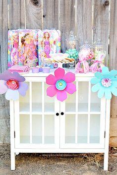 Barbie and the Secret Door Party - A Pumpkin And A Princess