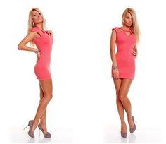 Vestido con aberturas de manga corta rosa  Vestido con aberturas en el busto de manga corta, cierre de cremallera en la parte posterior. Referencia: X460270. Talla única. 24,60€