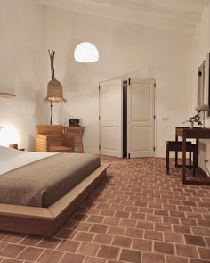 Minimalist and warm bedrooms, with tailor made furniture