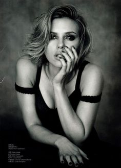 Scarlet Johansen - love this B shot. Expresive to say at least. * don't have any idea who's the photograph - sorry can not give any credit.