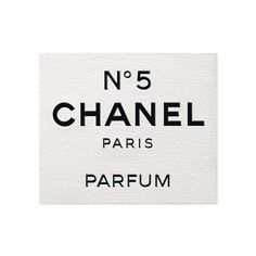 Le plus intéressant: even the naming of the perfume itself was revolutionary, using a number rather than a name: Label of the CHANEL perfume bottle - Culture Chanel Exhibition Coco Chanel, Chanel No 5, Chanel Paris, Parfum Chanel, Etiquette Vintage, Chanel Official Website, Paris Party, Dollhouse Miniatures, Dollhouse Ideas