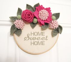 Casa dolce casa ghirlanda fiori di feltro ricamo di mmwolters