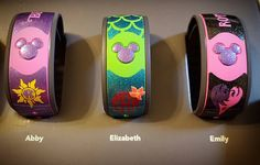 Disney in less than two weeks! Of course I had to decorate our magic bands…