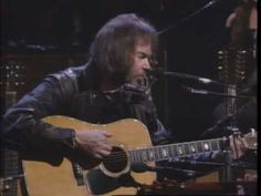 Neil Young - Harvest Moon (unplugged) Oh I love this song. I do, I do.