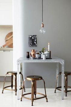stools-via-le-style....